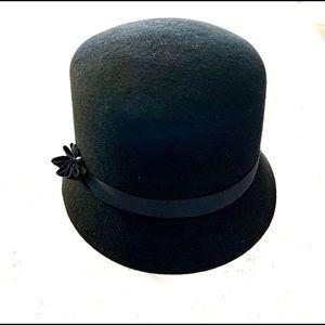 Betmar 100% Wool Bucket Hat